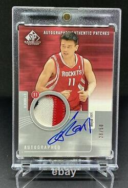 2004-05 Sp Game Used Yao Ming Auto Patch /50 3 Colour