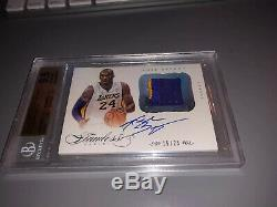 2012-13 Flawless Kobe Bryant 2-Color Patch On Card Auto #15/25 BGS 9.5/10
