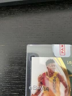 2018-19 Immaculate Collection Giannis Antetokounmpo 3-Color Patch AUTO 9/35