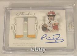 2018 Flawless Patrick Mahomes 2 Color Patch Auto Chiefs