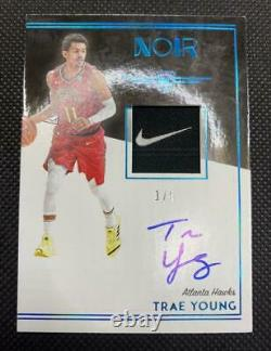 Trae Young RC 2018-19 Panini Noir Color Rookie Laundry Nike Tag Patch Auto 1/5